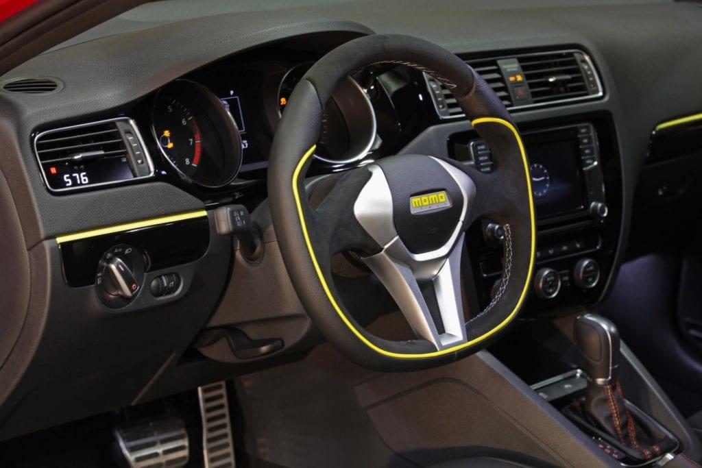 MOMO Volkswagen Jetta GLI
